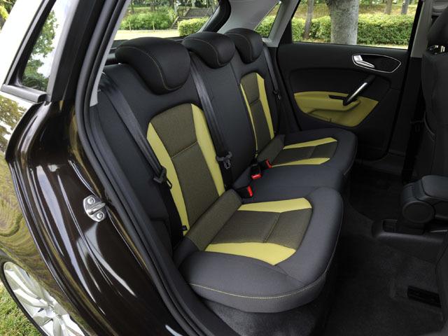 アウディ A1スポーツバック 2014年6月〜モデル