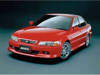 ホンダ アコード 2000年6月〜モデルのカタログ画像