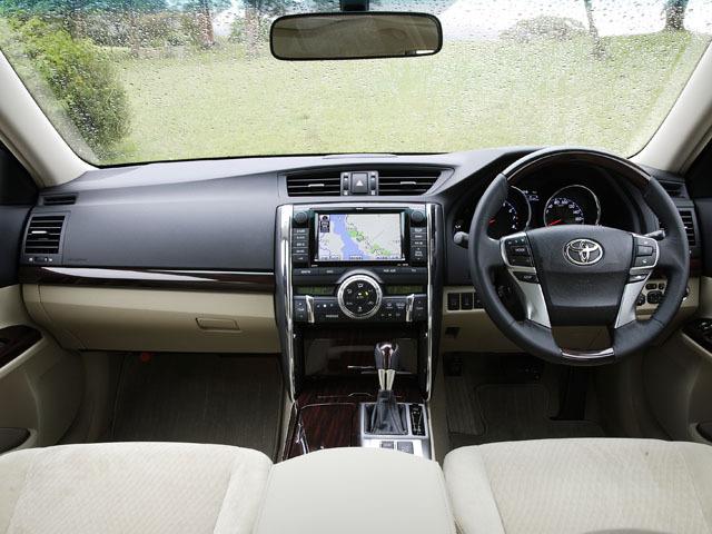トヨタ マークX 2009年10月〜モデル