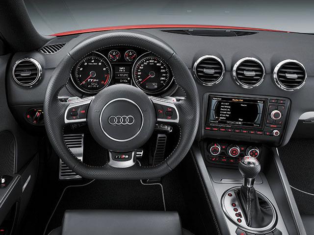 アウディ TT RSプラスクーペ 新型モデル