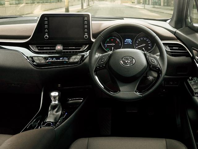 トヨタ C-HR 新型・現行モデル