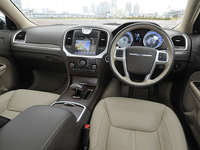 クライスラー 300 2015年3月〜モデル