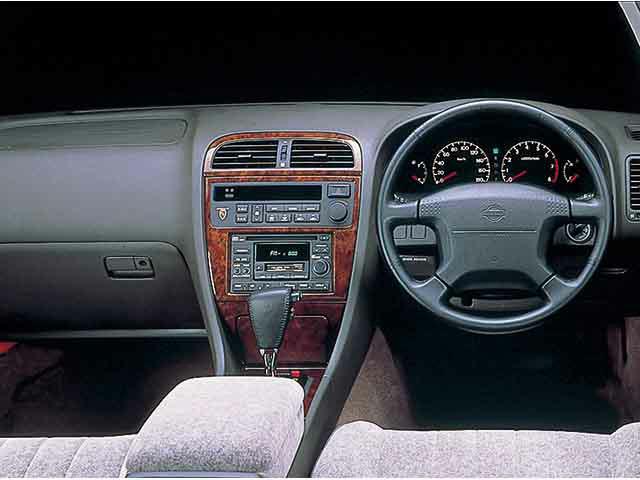 日産 レパード 1996年3月〜モデル