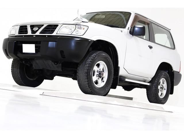 サファリ 2.8 スピリットタイプ I ディーゼルターボ 4WD Tベ交換済 ナビ 中期仕様 背面タイヤカバ