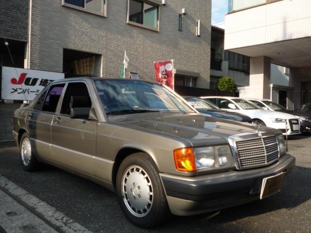 190クラス 190E 2.6 D車 右ハンドル 純正リヤスポイラー
