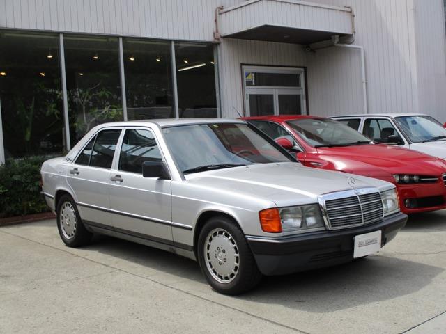 190クラス 190E 前期モデル 正規輸入車