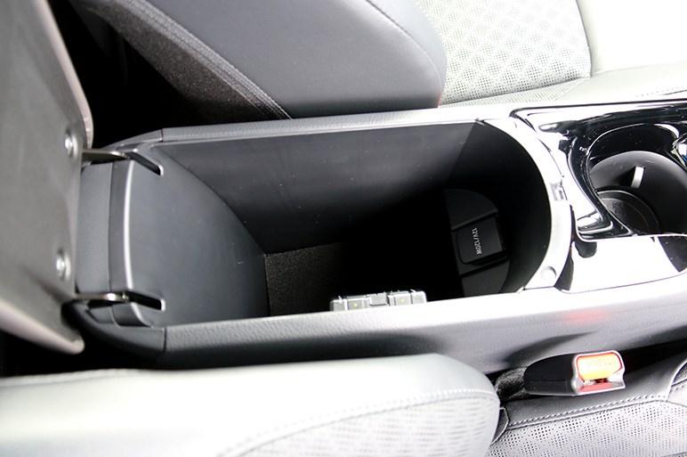 3年経ってもまだ売れているトヨタ C-HRは見た目だけで判断するにはもったいない実用的モデルだった