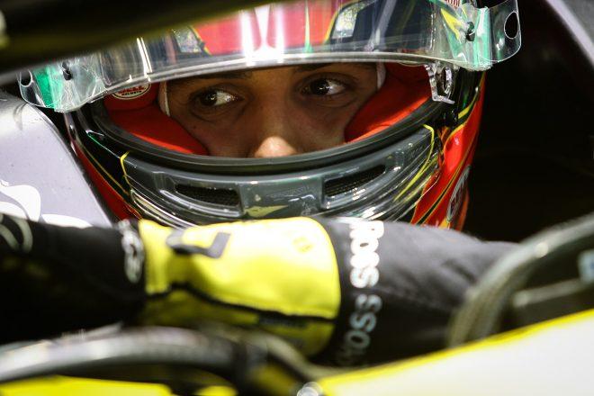 オコン「冷却系の問題が起きた。好成績をあげる絶好の機会だったので残念」:ルノー F1第2戦決勝