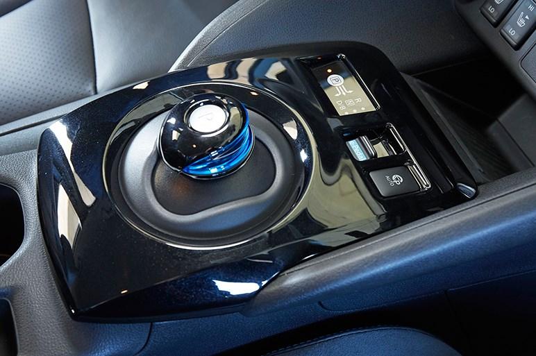 航続距離が倍増した新型リーフの実力をおさらい。EVブームに乗れるか?