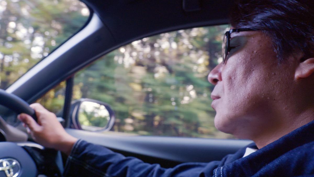 C-HRで行く20年ぶりのドライブデートで夫婦の距離は縮まるのか!? トヨタがショートムービーを公開