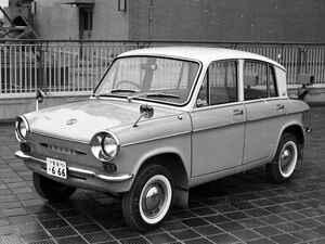 【昭和の名車 116】マツダ キャロルは軽自動車とは思えないオーバークオリティの機構を採用した
