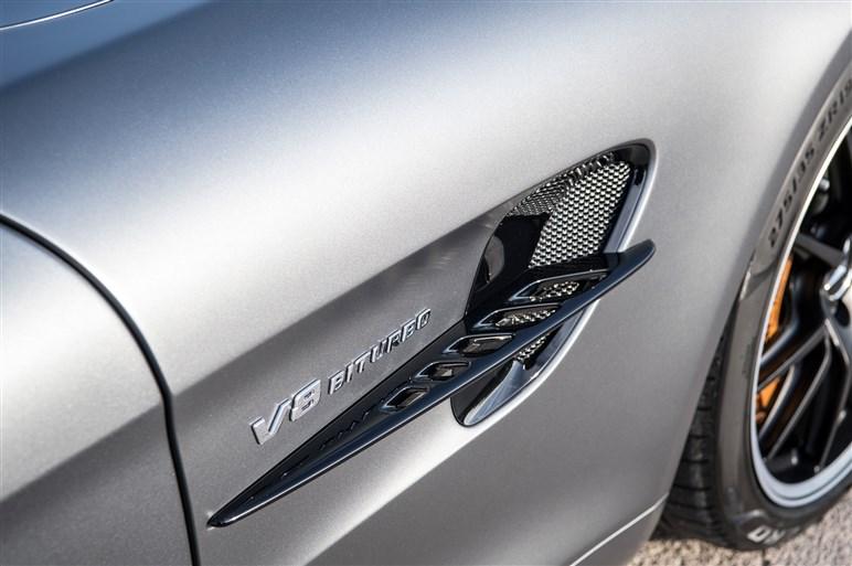 AMG GT Rサーキット試乗。GT Sから370万円プラスはバーゲンプライスだ