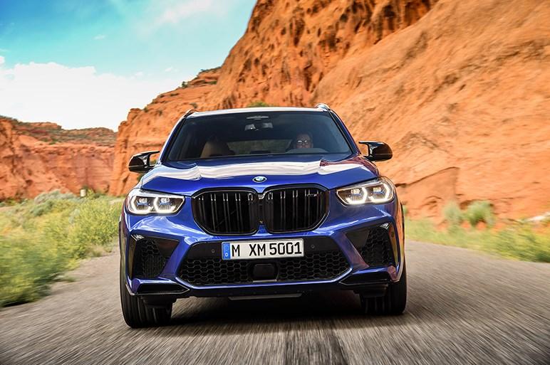 BMW、X5とX6に高性能版MモデルおよびMパフォーマンスモデルを設定