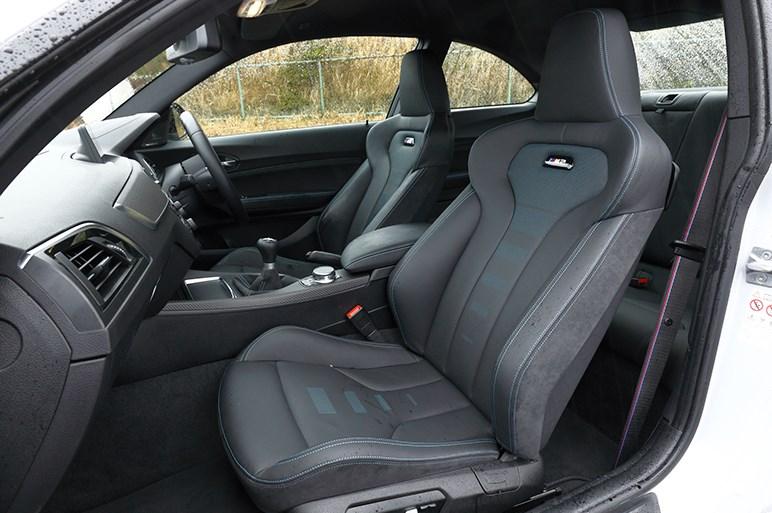 BMW M2 コンペティション パワーアップし重くなったM2