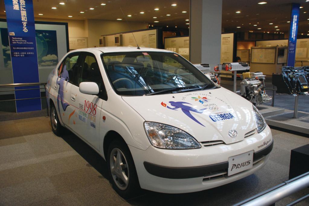 トヨタ自動車、東京2020オリンピック聖火リレーのプレゼンティングパートナーに決定
