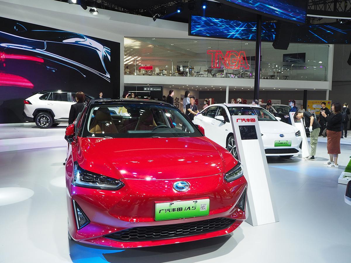 巨大市場の中国ではやっぱりEVが主役! 遅れをとっている感が拭えない日本メーカーへの不安