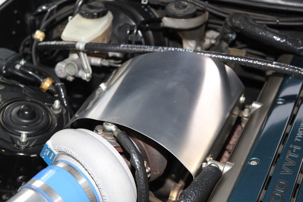 「外観はほぼノーマルのJZA80スープラだけど・・・」心臓部はトップチューナーの手によるハイレスポンスの580馬力仕様!