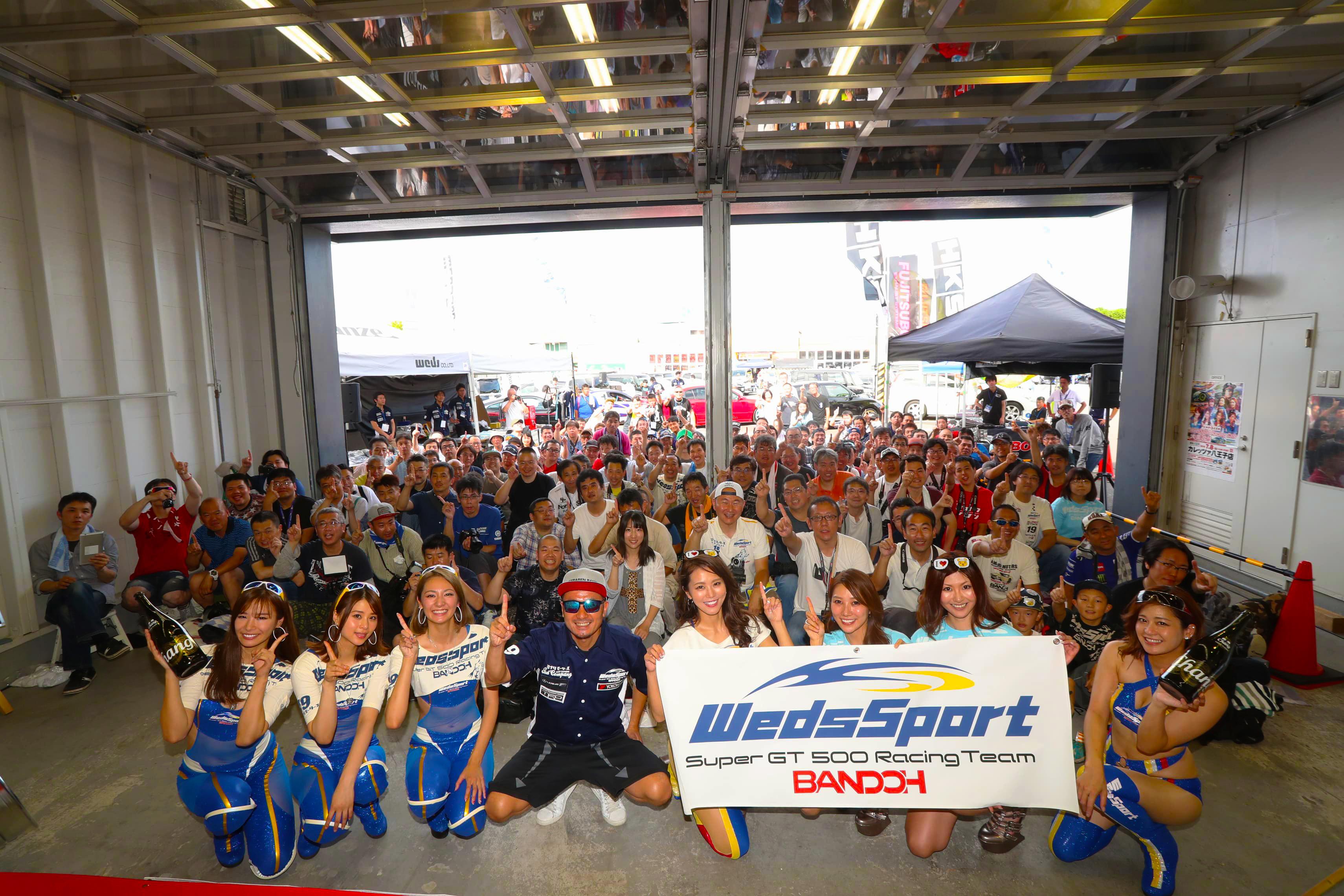 レーシングドライバー&レースクイーンの秘話が聞ける「RACING DRIVERS TALK SHOW」って?