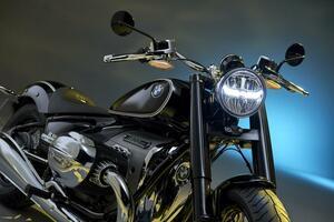 BMWの新型クルーザー「R18」が正式発表!1800ccの史上最大ビッグボクサーエンジンの詳細が明らかに!