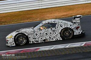 スーパーGT:GT300クラスのJAF-GT車両規定に変更。エキゾースト位置変更が可能に
