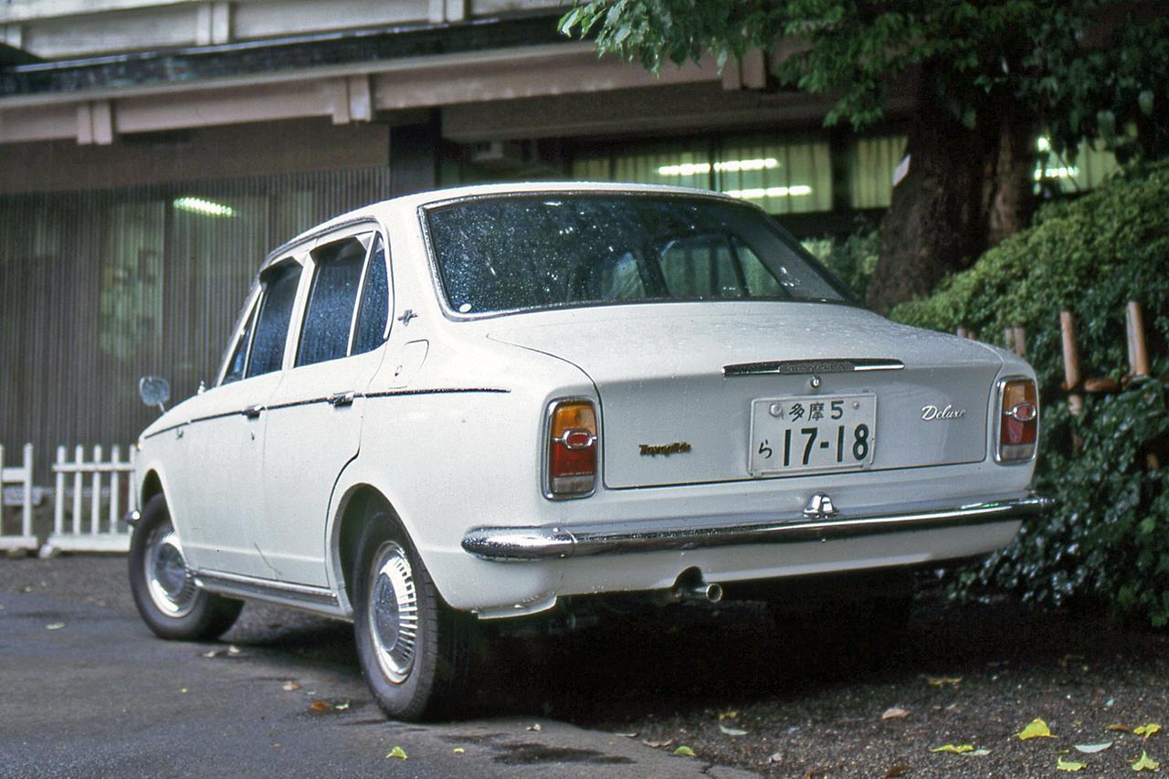 【昭和の名車 128】初代トヨタ カローラは日産サニーの対抗馬として登場した