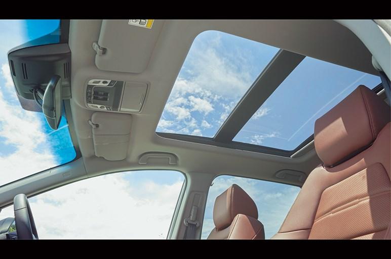 ホンダCR-V発売。世界で売れるベストセラーSUVはやや高級志向で登場