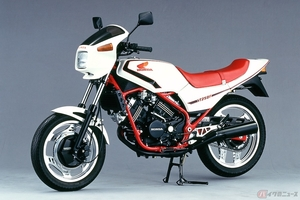 ホンダ「VT250FC」は、発売後長きに渡り進化を続け多くの人々に愛されたVTシリーズの始祖!