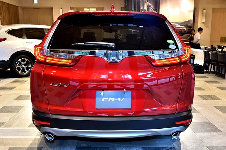 日本復活するCR-Vは8月30日発売。生カットでチェックしよう