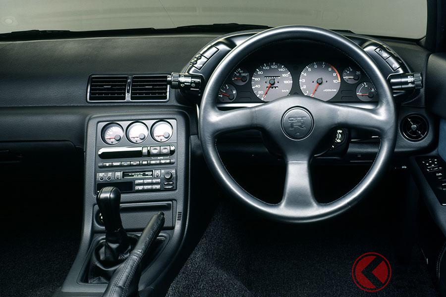 日産「スカイラインGT-R」は海外でも超絶人気! 第二世代GT-R「R32型」の魅力とは