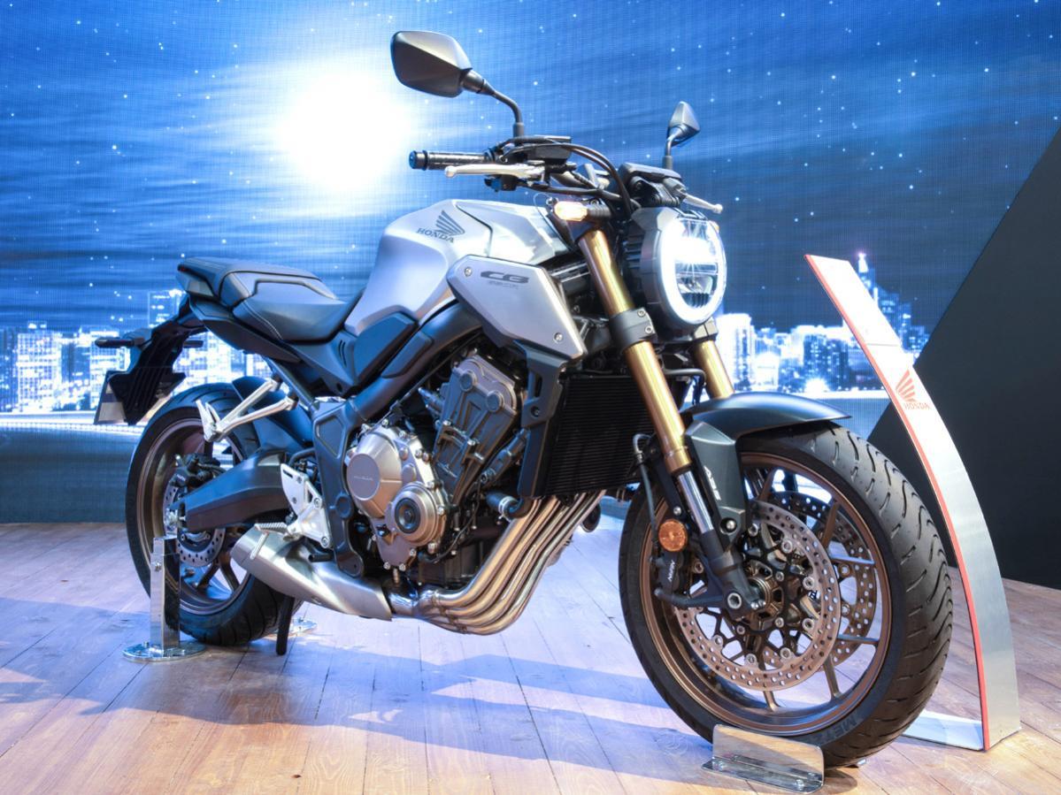 【ホンダ】世界初公開の「CB650R」! エンジンは直列4気筒、日本にも導入予定