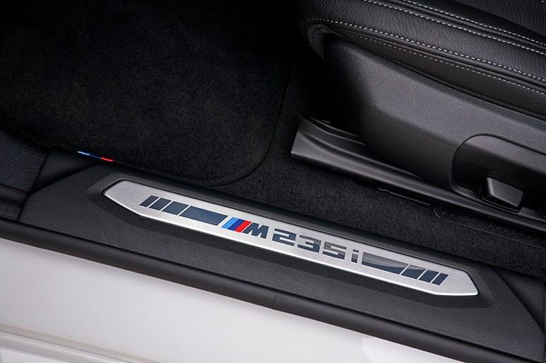 スポーティと快適、エレガントと実用。良バランスと手頃なサイズが受けそうなBMW2シリーズグランクーペ