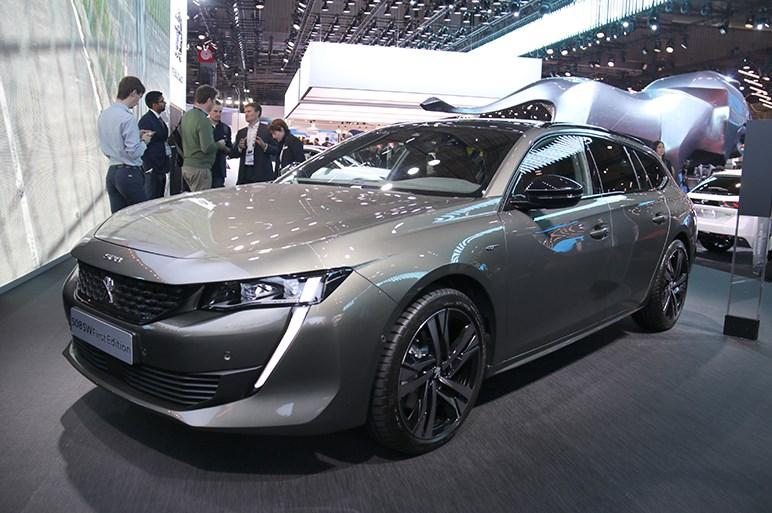 日本導入予定の「508」&「508 SW」の実車をチェック 「リフター」は導入検討中