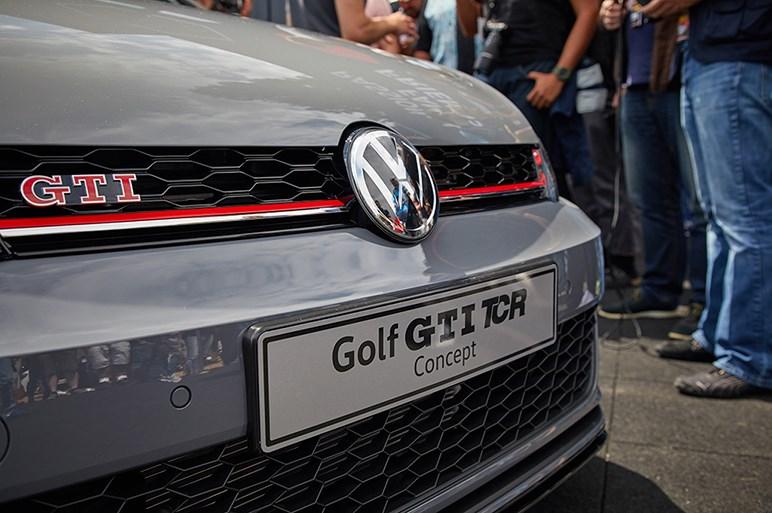 独フォルクスワーゲン、ゴルフGTIの高出力版を発表  最高出力290psへ