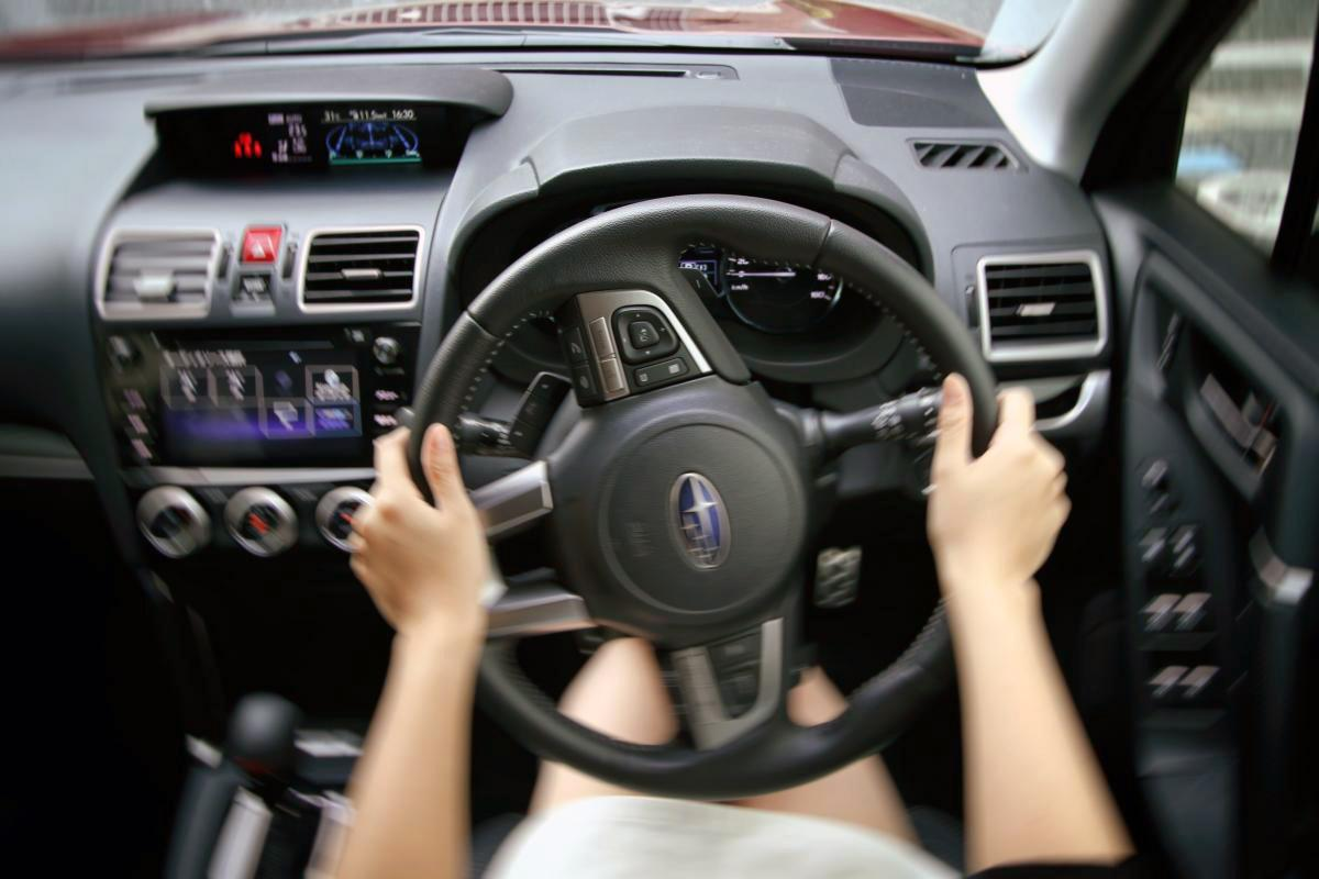 【維持費の高騰は運転に問題あり!】消耗品のヘタリを激しくするNGなクルマの乗り方5選