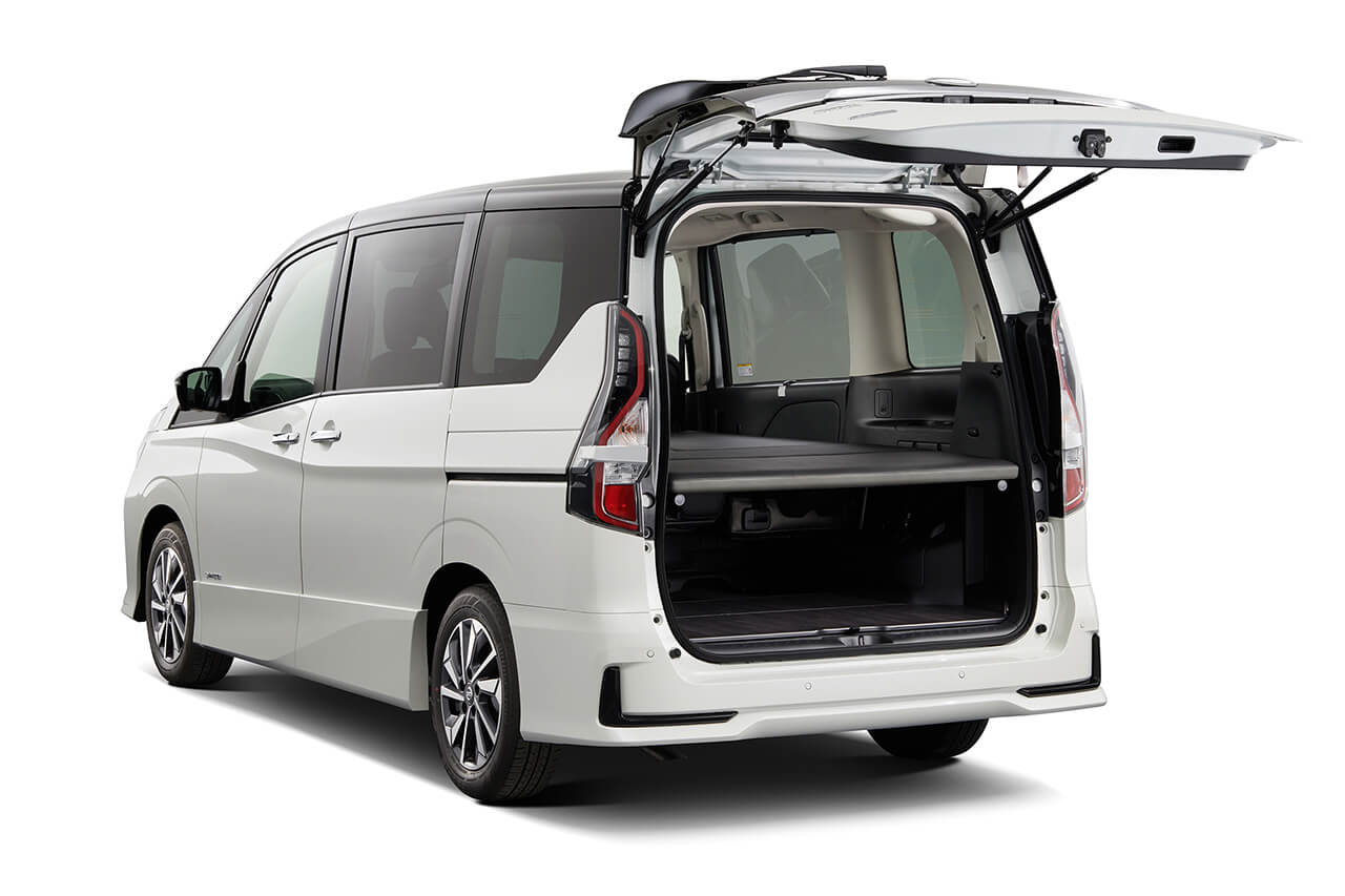 「日産セレナ」に車中泊仕様が登場! 「NV200バネット」の同仕様も一部改良