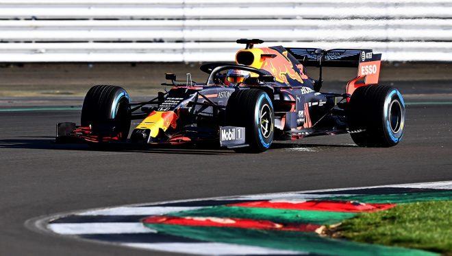 レッドブル・ホンダF1がシェイクダウン一番乗り。フェルスタッペンにより2020年型『RB16』がコースデビュー