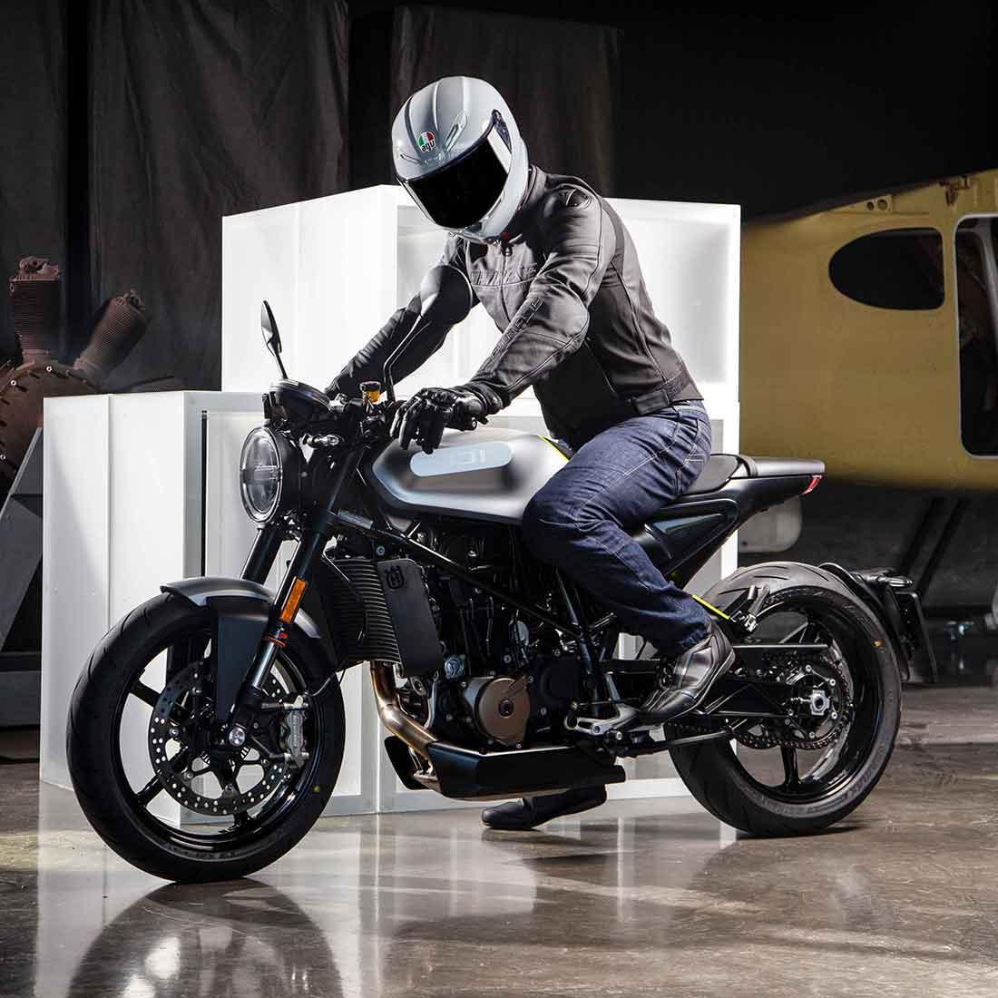 世界トップクラスの軽さを実現したAGVのフルフェイスヘルメット「K6」が2月1日に発売!