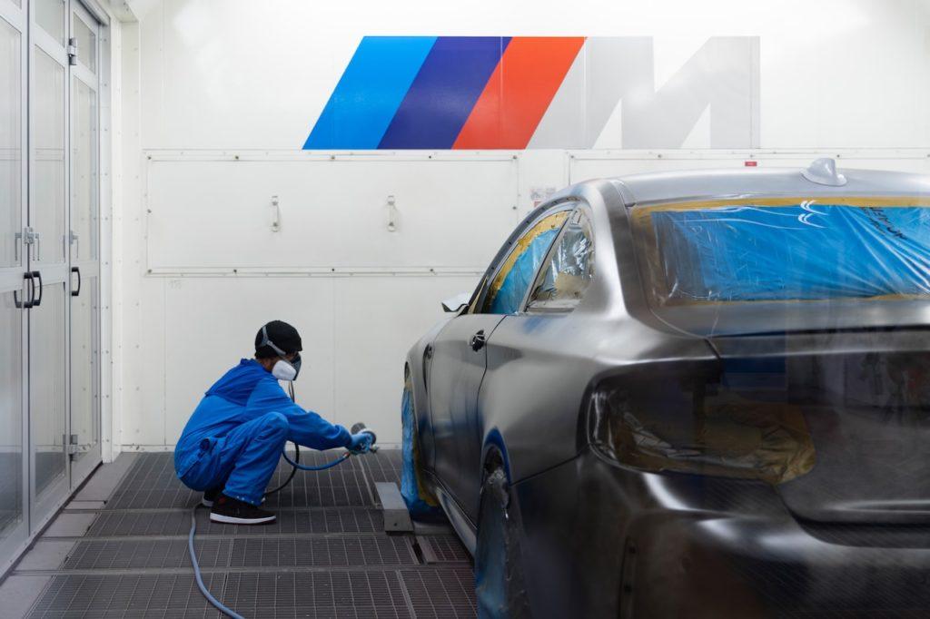 BMW M2が伝説的アーティストのキャンバスに! 2020年夏には特別仕様車を市販予定