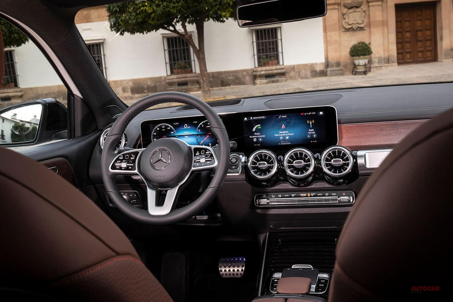 【7シーターという魅力】メルセデス・ベンツGLB 200に試乗 新型SUV登場