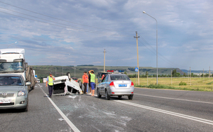 危険すぎる!高速道路で逆走する車が急増する理由とは?