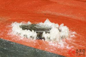 雨天時の恐怖!? 危険な鉄製マンホール 豪雨時は飛び出す危険も 随時対策を実施