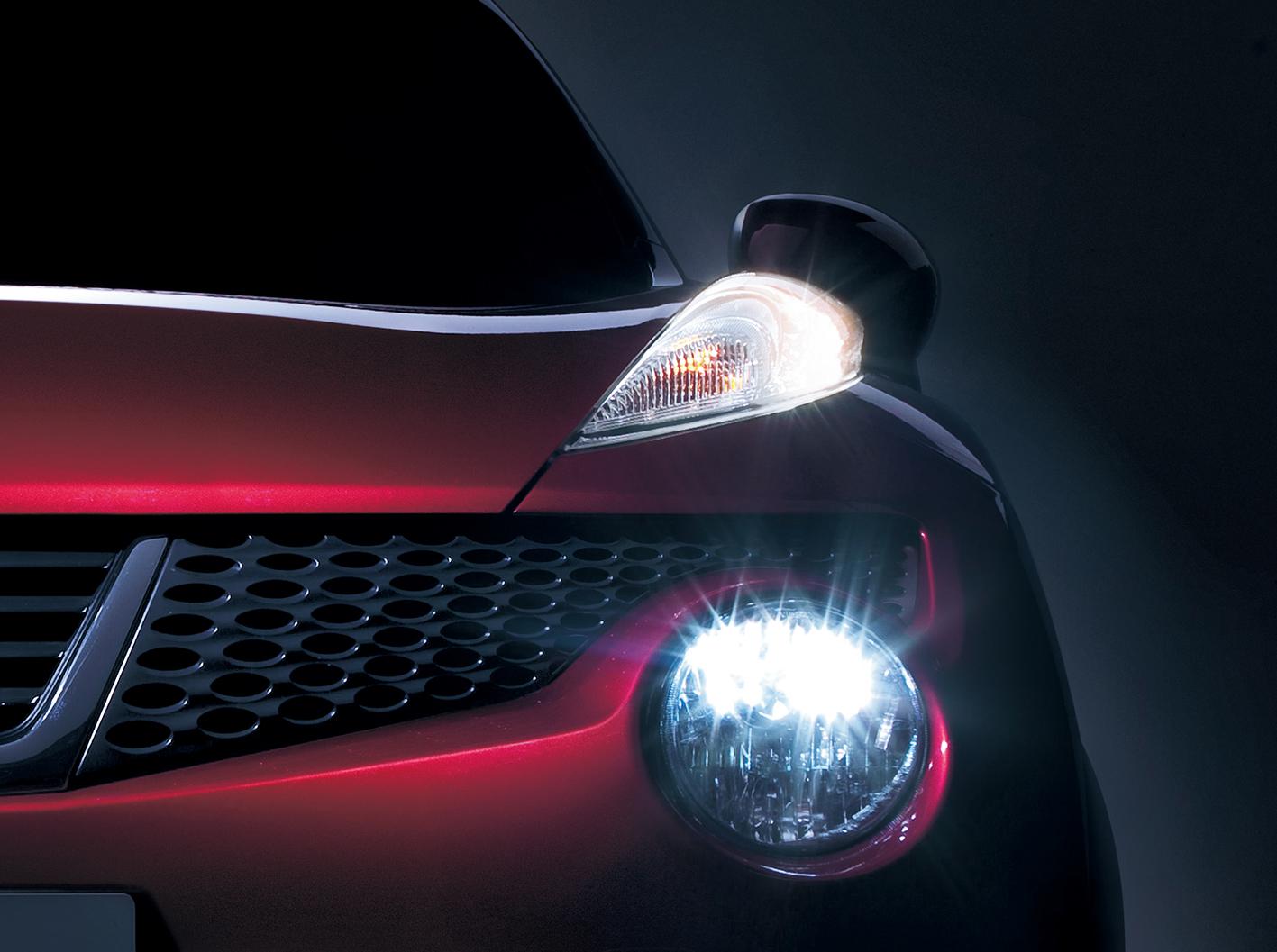 【縦並び&上下分割どっちが本命!??】最近急増 個性的ヘッドライト車 5選