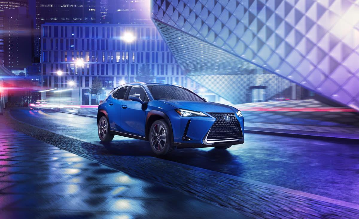 レクサス初の量産EV「UX300e」発表 コンパクトSUVの俊敏さと電動車の静粛性を両立