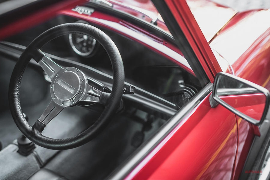 EV換装済みクラシックミニ 100台限定1120万円~ 英企業が製作