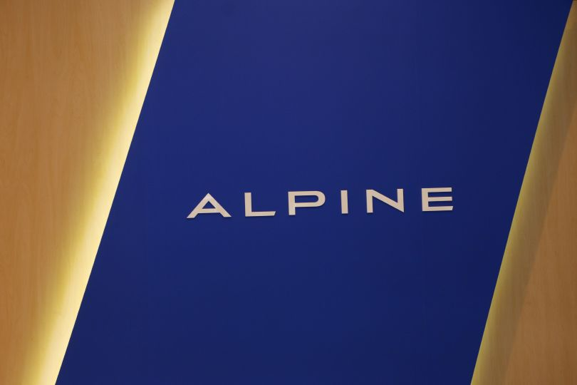 アルピーヌの魅力とは? 気になる人は六本木へ──期間限定の「アルピーヌ ギャラリー」六本木にオープン!