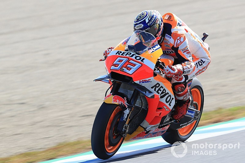 MotoGP日本GP決勝:マルケス、ドヴィツィオーゾとの死闘を制しタイトル3連覇達成! 中須賀&中上も入賞