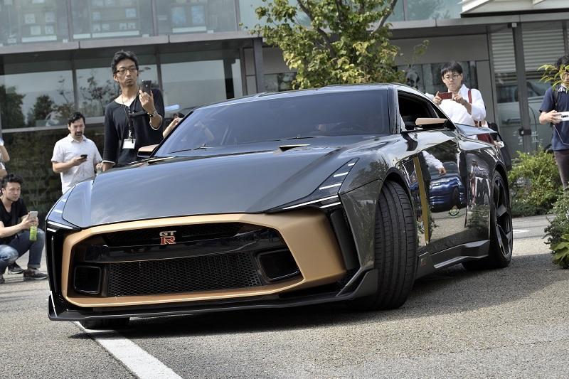 50台50色!? 実物は写真よりもかっこいいぞ!! GT-R 50が東京に出現