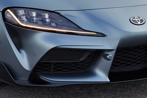 トヨタ 新型「スープラ」は輸入車扱い!? ウインカーレバーが国産車と逆な理由とは