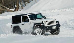 季節を選ばない万能クロカン──ジープ ラングラーを雪上で楽しむ!