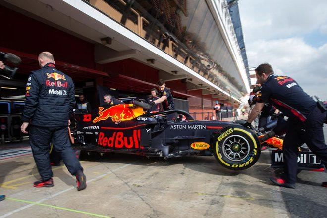 【ホンダ密着】F1バルセロナテスト2日目:トップと1秒差も、「今は走行距離を稼ぐ段階」。信頼性はまだ万全とは言えず